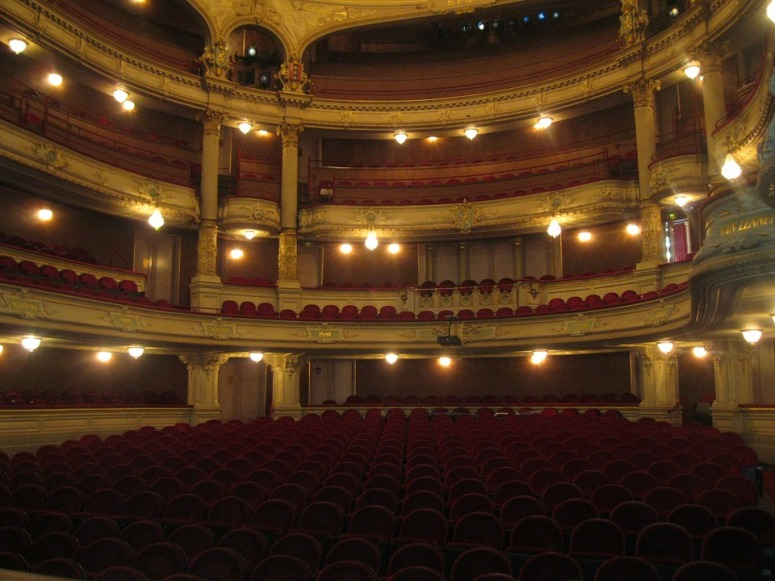 theater-105574_960_720