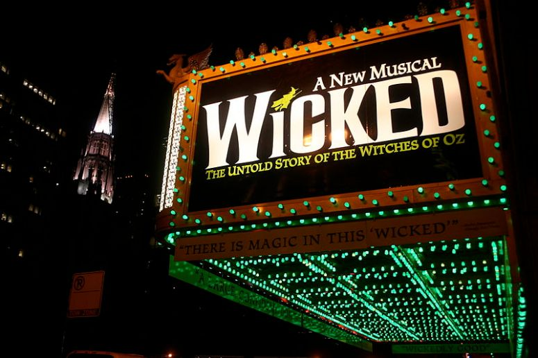 wicked_oriental_theater_in_chicago